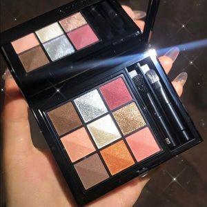 Le 9 De Givenchy Multi-finish Eyeshadow Palette 9.01